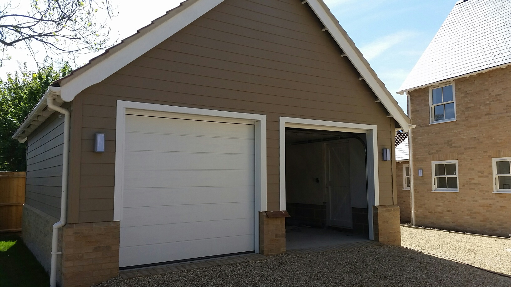 Hormann Medium Ribbed Sectional Garage Doors Automation